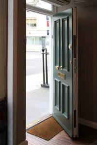 ajtó javítás